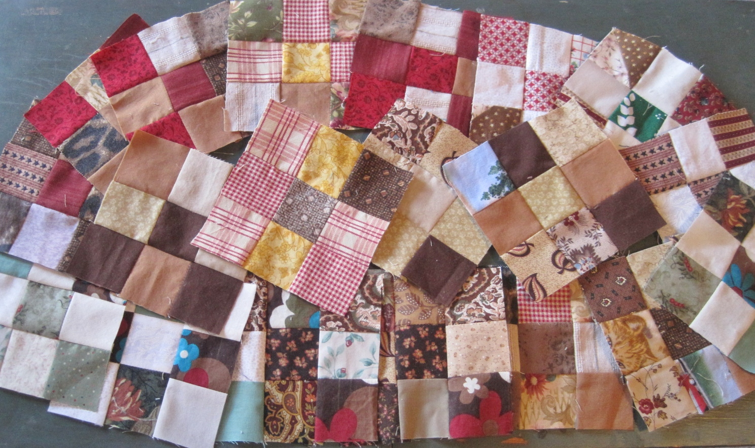 Quilt Blocks and a Bag from Leaders and Enders | Lillian's Cupboard : quilt leaders - Adamdwight.com