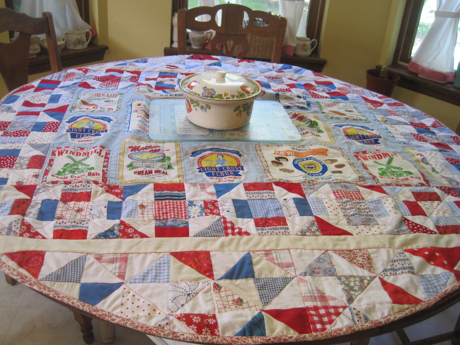 A Round Tablecloth From Scraps
