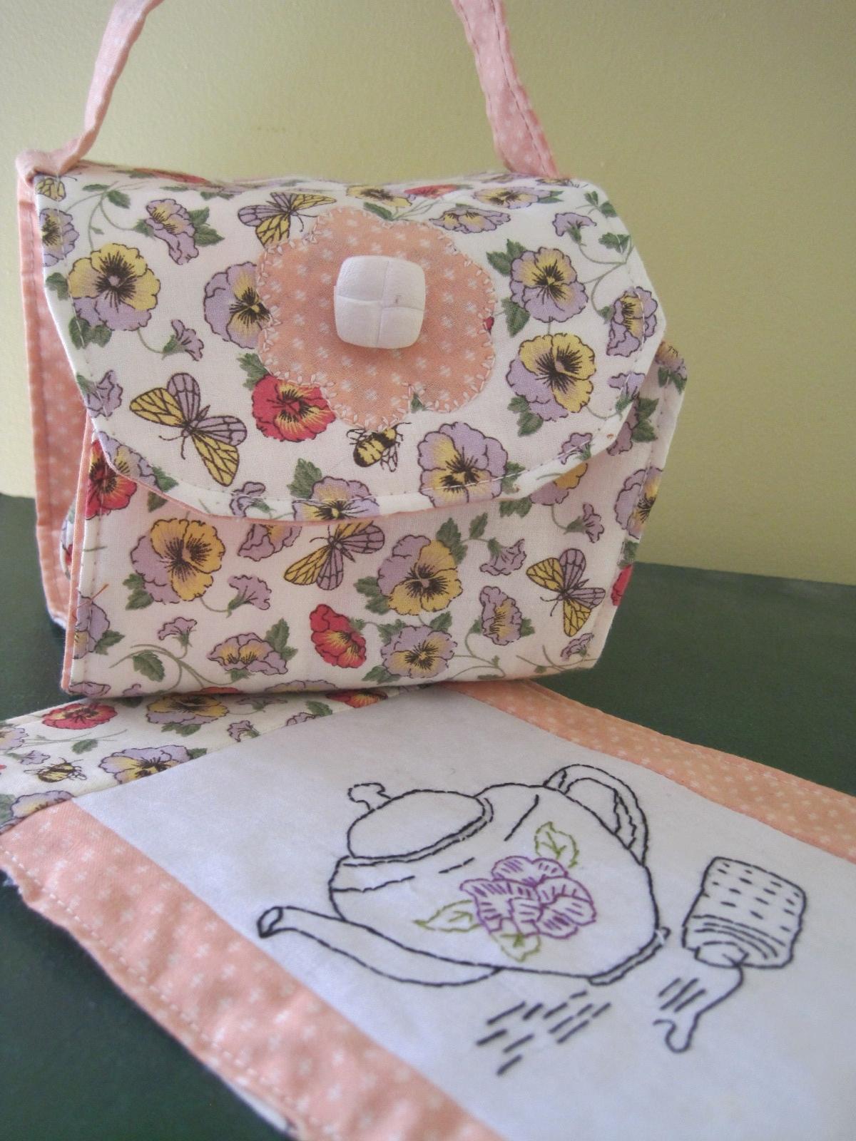Gift bag lillians cupboard mug bag mug rug as easter gift negle Choice Image